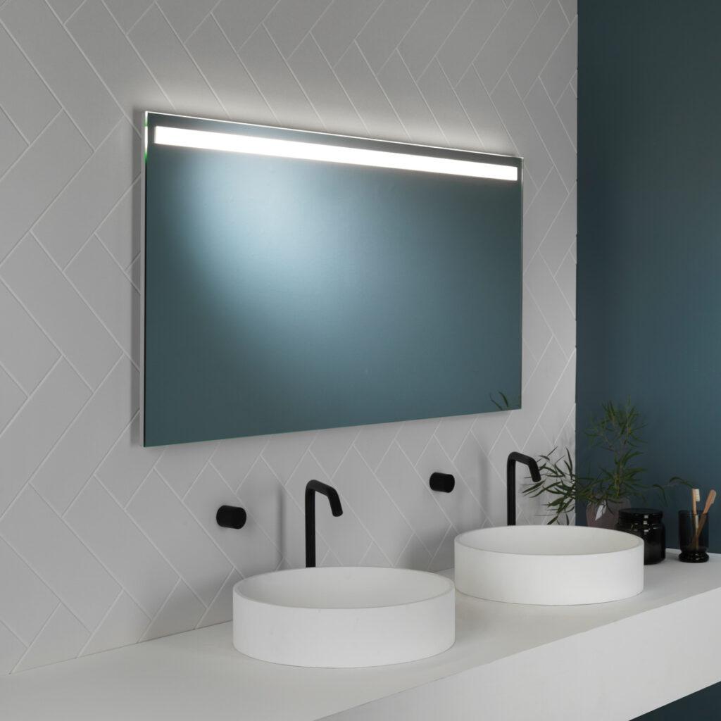zrcadla s osvětlením 14